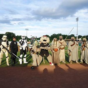 ValleyCats Group Shot. I'm on the right.