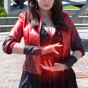 Marvel - Age of Ultron - Scarlet Witch Northwest Fanfest 2015 Photo by Clint Hay / Marmbo