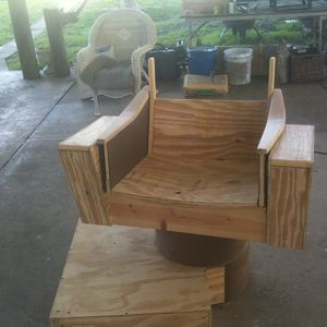 captain chair build 008