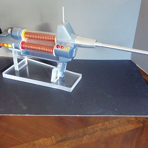 RShanko TOS Laser Rifle Kit on stand