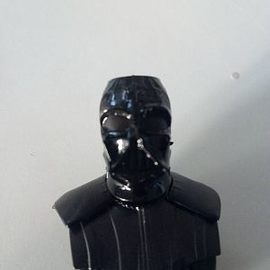 Front part. I feel Vaders outfit is made up of different blacks. At this point the face mask is Tamiya semi gloss black, the lens' on the mask are Tam