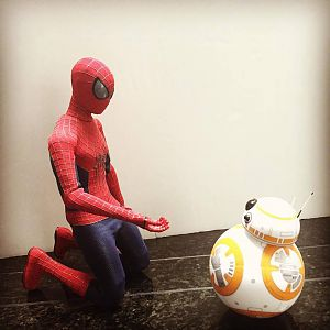 1/6th scale Hot Toys TASM2 Spidey and Sphero BB-8