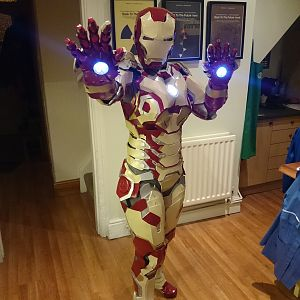Natasha Stark / Female Iron Man Mk 42