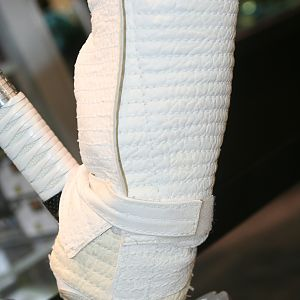 Storm_Shadow_Gloves_08