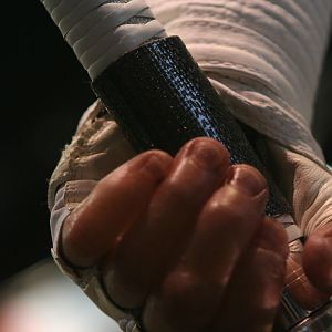 Storm_Shadow_Gloves_11
