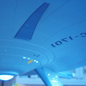 Enterprise NCC-1701 1:350 with lasers
