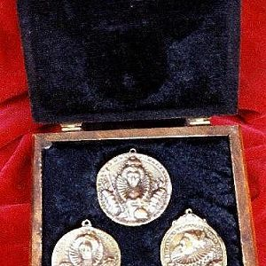 My Sherwood Forest Foundry of Bronzeworks: FOR SALE- 3 versions of Elizabethan bronze Armanda medal gift BOX