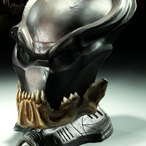 Sideshow The Berseker Predator Mask 01