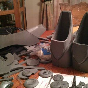 building armor pieces in 1/2 inch foam floor mats